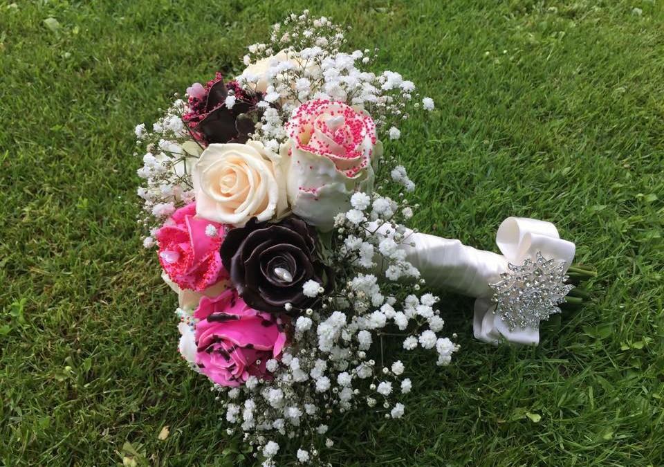 Сватбени тенденции 2016… Цветята , експлозия от тонове в един цвят…част 2